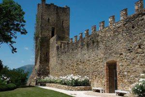 CASTELLO-DI-MONTALDO2-1024x683